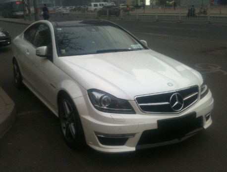 mercedes-c63-coupe-china-8