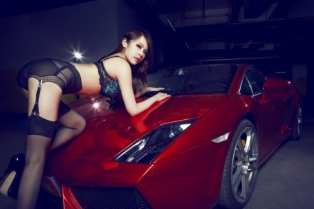 lamborghini-china-girl-3