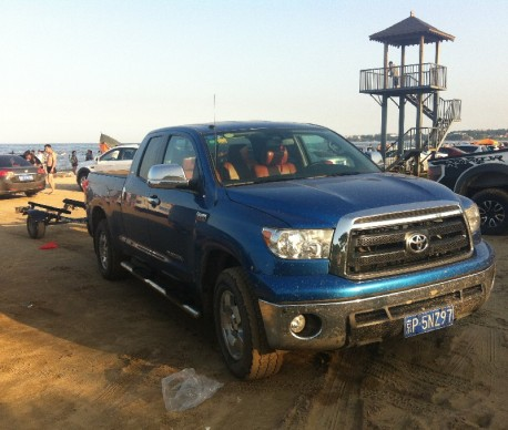 beach-car-china-2