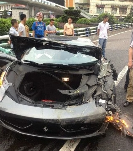 ferrari-crash-china-03-6