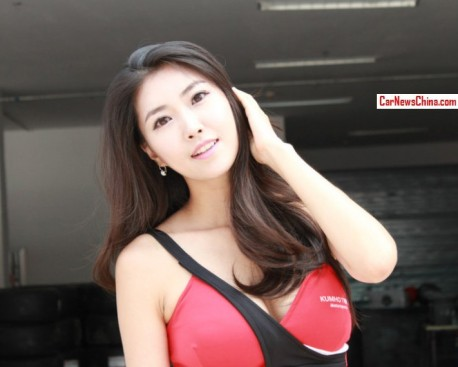 china-girls-racing-1