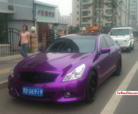 Spotted in China: Infiniti G37 sedan in shiny purple