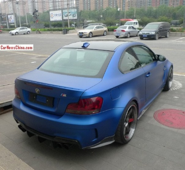 bmw-1m-matte-blue-china-3