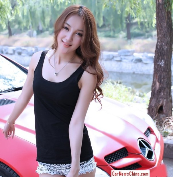 Pretty Chinese Girl gets very Happy with Pink Mercedes-Benz SLK