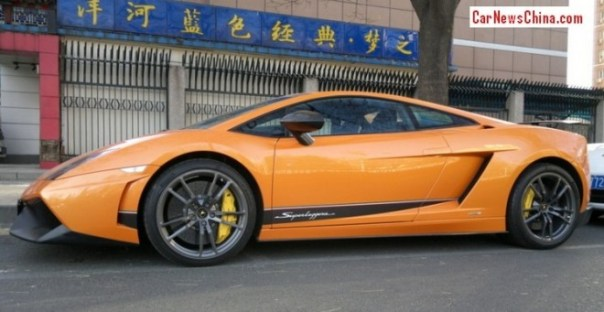ferrari-lamborghini-china-4