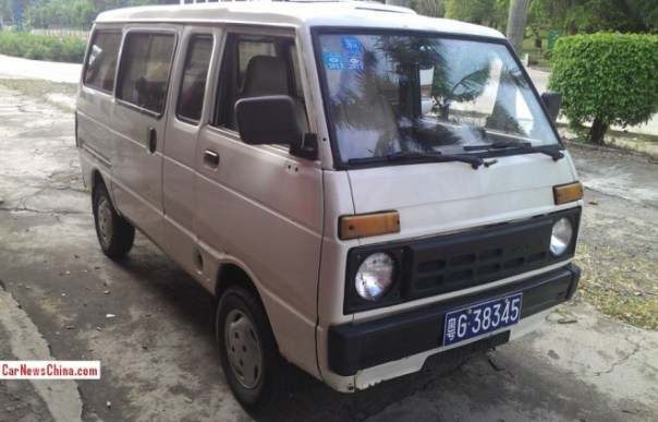 Spotted in China: Tianjin Huali Dafa TJ110 minivan