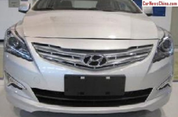 hyundai-verna-china-2