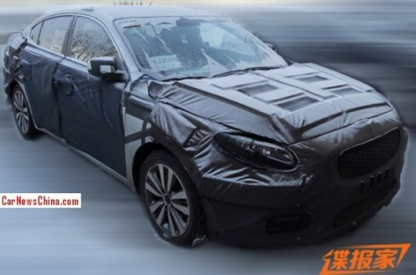 Spy Shots: Kia K4 seen testing in China