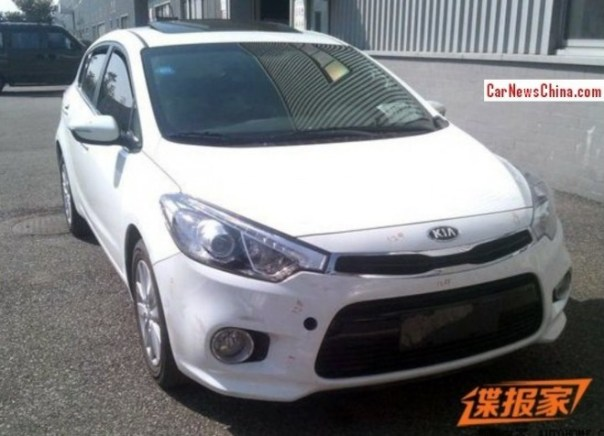 Spy Shots: Kia K3 hatchback is Naked in China