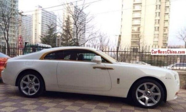 rolls-royce-wraith-china-gold-2