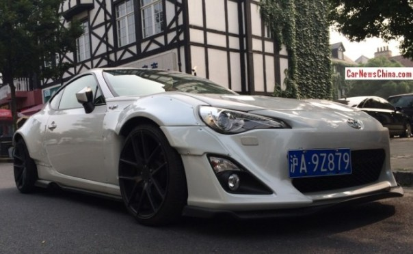 Toyota 86 has an Extremely Racy body kit in China