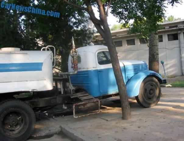 liberation-water-truck-china-6