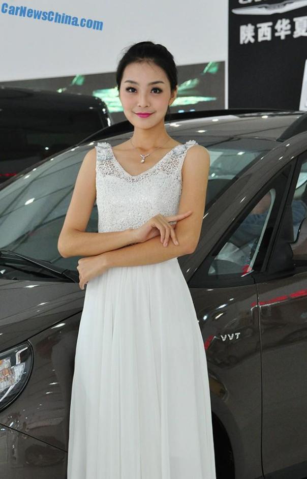 china-car-girls-xian-8