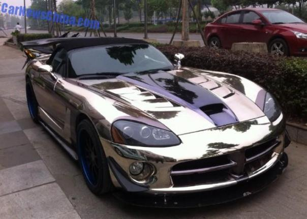 Dodge Viper SRT10 ACR Roadster is Bling in China