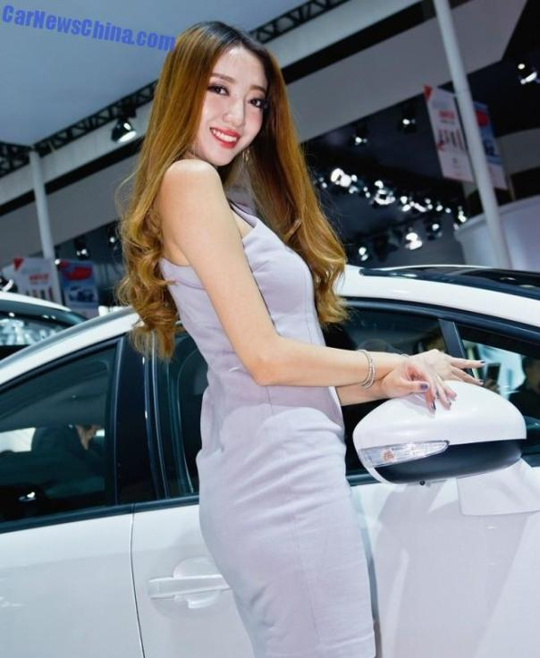china-car-girls-gz-2-beijing-citroen-1