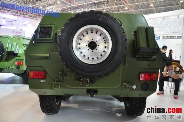 dongfeng-hummer-armored-4