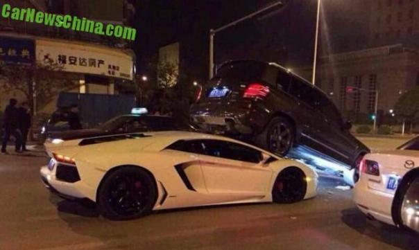lamborghini-crash-china-1-9c
