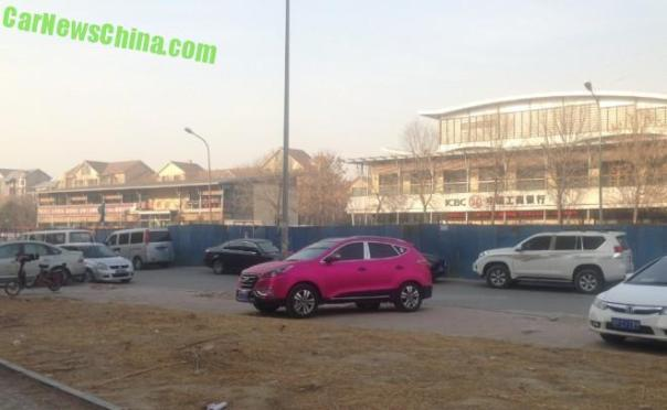 hyundai-ix35-pink-china-9