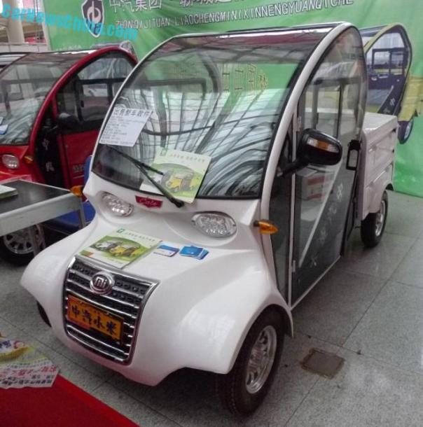 Shandong EV Expo in China: the Zhongqi Xiaomi Cute Pickup Truck