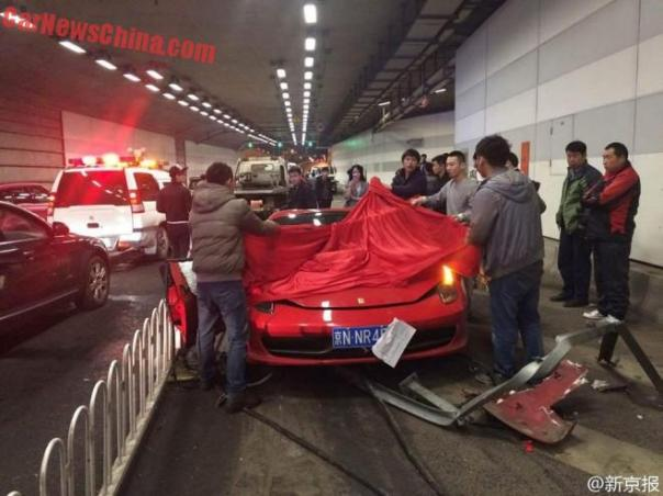 lamborghini-ferrari-crash-china-3