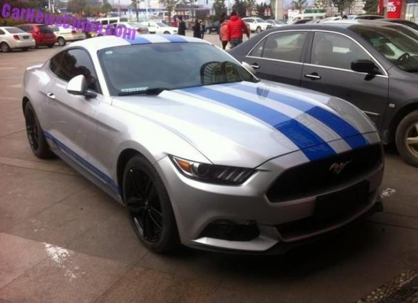 Spotted in China: Ford Mustang EcoBoost with Blue racing stripes