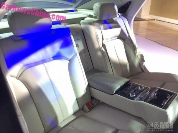 ford-tarus-china-blue-3