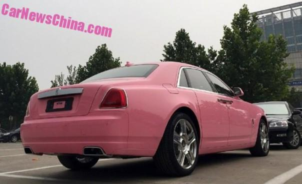 rolls-royce-ghost-china-pink-3