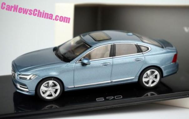 Volvo S90 sedan is Pretty in 1:43 Blue
