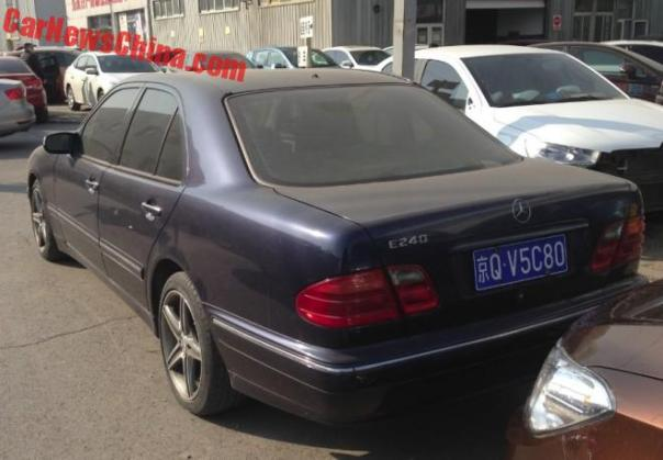 benz-e-black-china-4