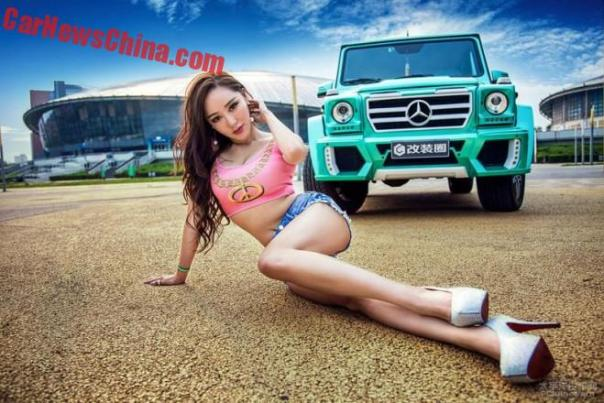 china-car-girl-g-class-8