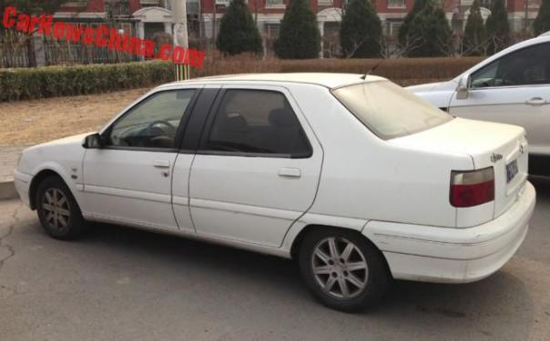 Spotted in China: Citroen Elysee VIP in white