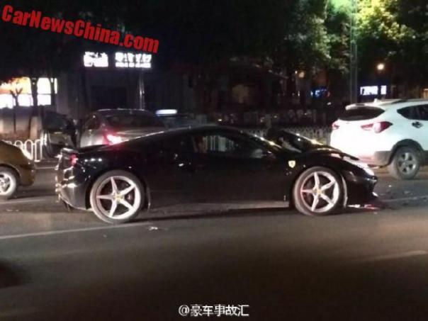 ferrari-488-crash-china-5