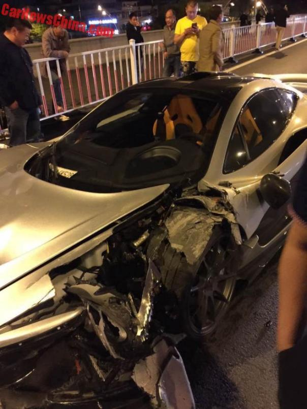 mclaren-p1-crash-china-3