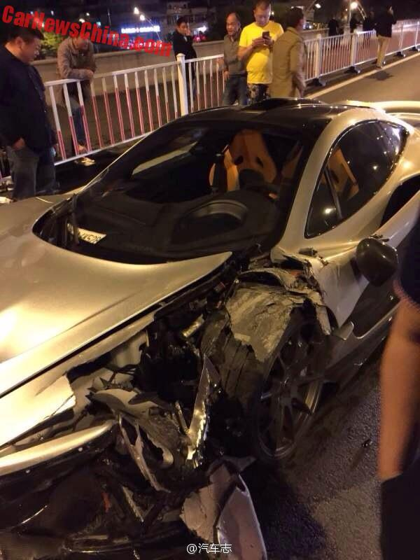 mclaren-p1-crash-china-4a