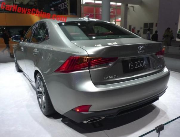 lexus-is-china-bj-4