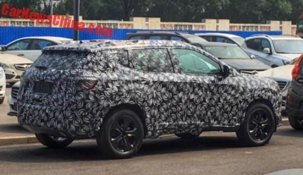 New Spy Shots Of The Jeep C-SUV In China