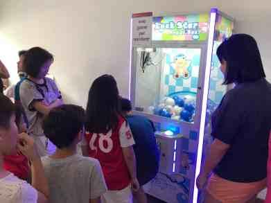 Arcade UFO Catcher Machine for Rent