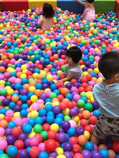Giant Ball Pool Singapore