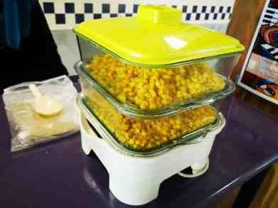 Cupcorn Live Food Station