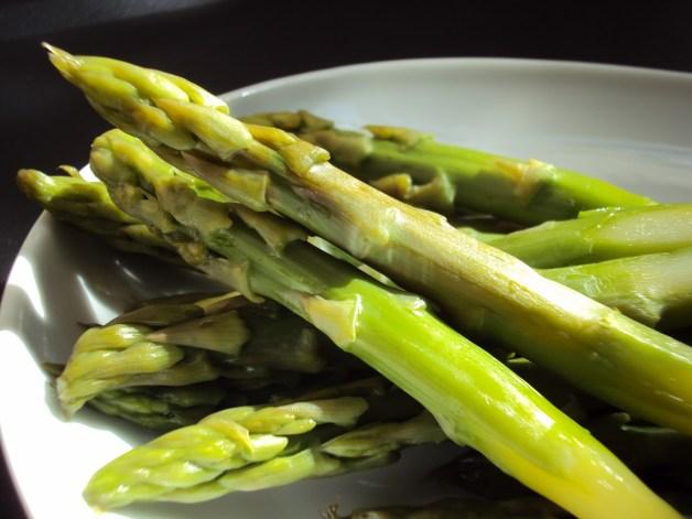 receita-de-macarrão-sem-gluten-e-aspargos-blog-carola-duarte