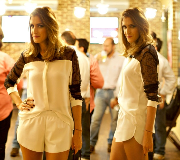 camisa-branca-com-manga-de-renda-preta-short-couro-ecologico-modelo-boxer