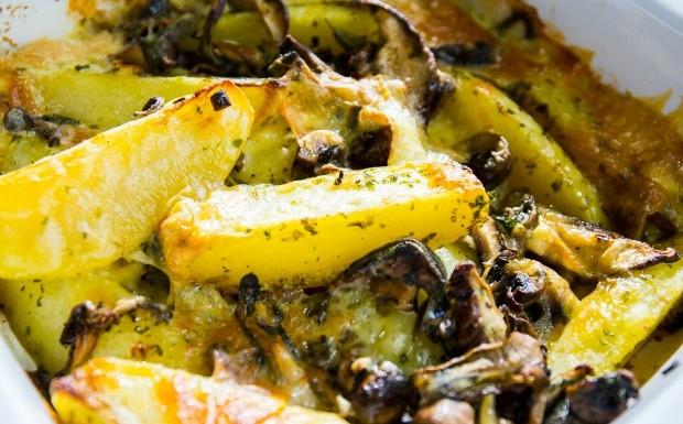 batatas_assadas_com_cogumelo_e_queijo