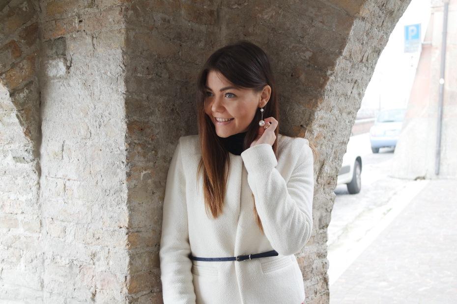 Outfit Ufficio Autunno 2016 : Outfit colorato per lautunno: red and white! carolina milani