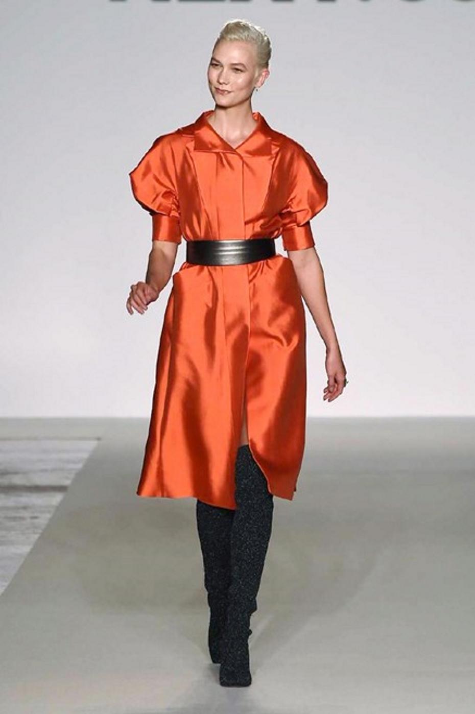 Karlie kloss milano fashion week