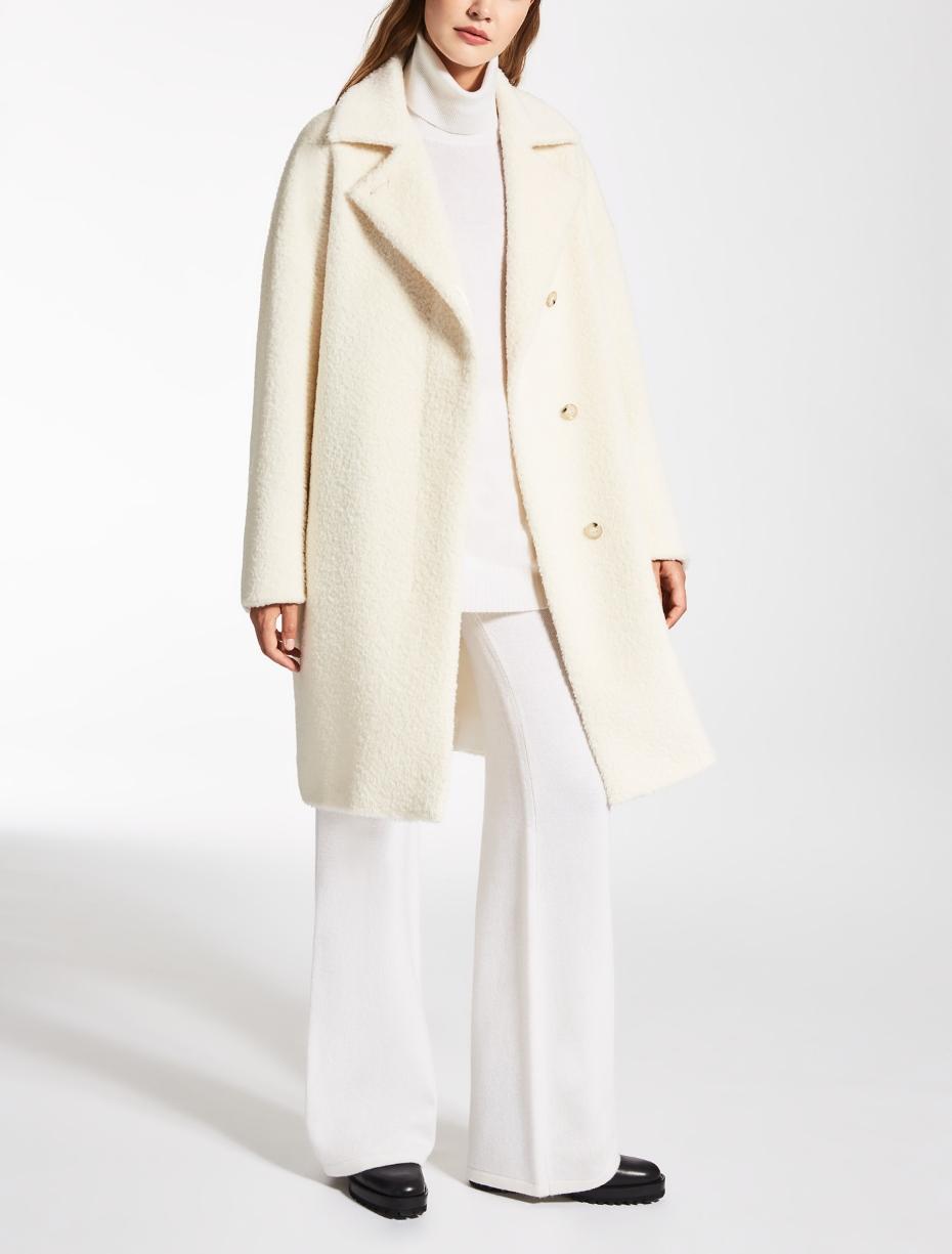 teddy bear coat in bianco