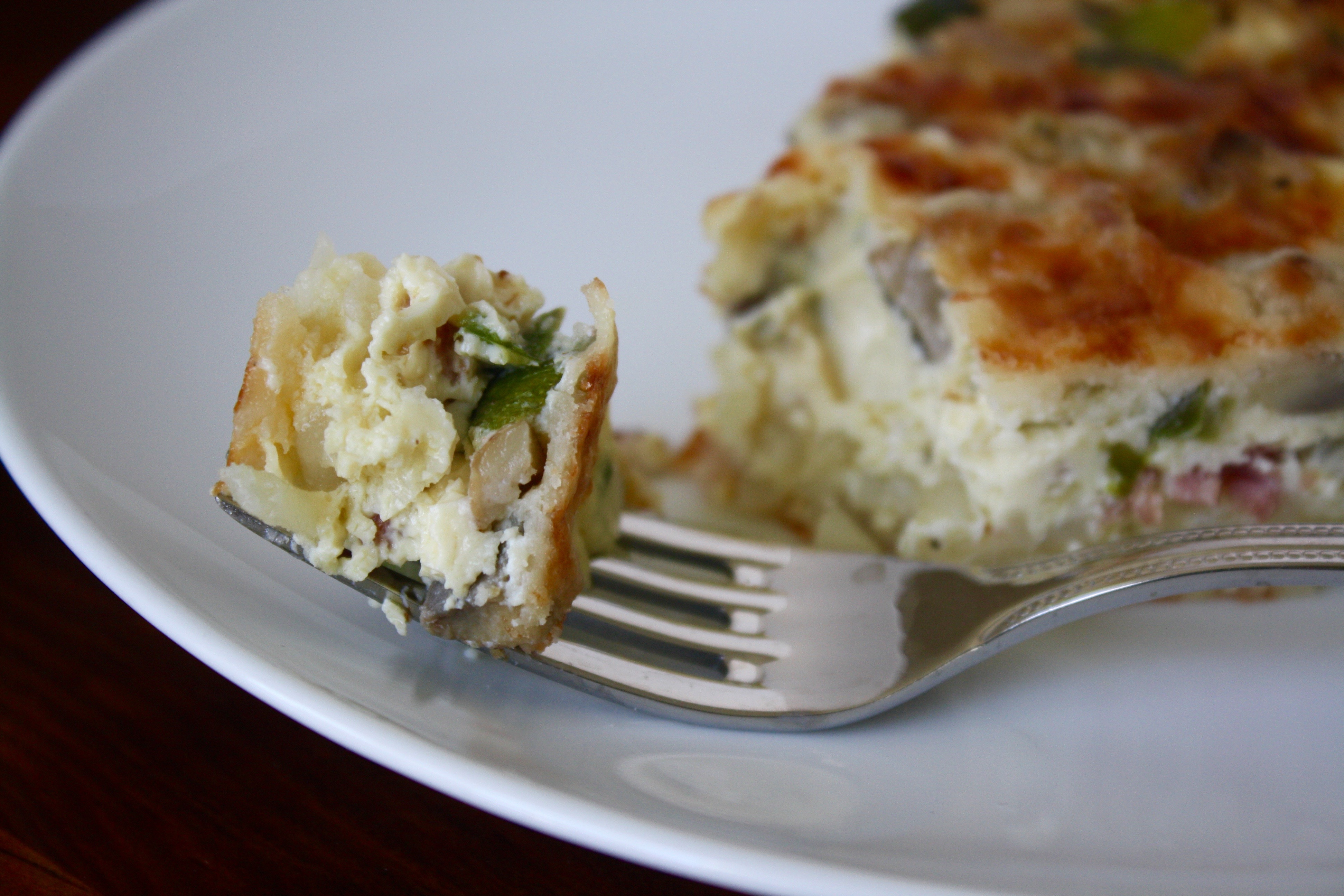 Turkey Bacon Quiche with Hashbrown Crust
