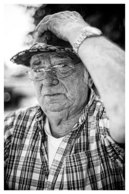 Werner: Altijd als ik met mijn vrouw en onze camper naar de kust ga draag ik deze hoed. Echt alleen op vakantie.'