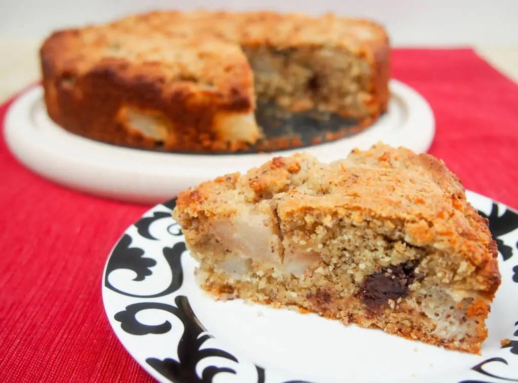 This gluten free hazelnut pear cake is easy to make & filled with delicious flavors. It's also refined sugar free & dairy free so you can feel good enjoying it.