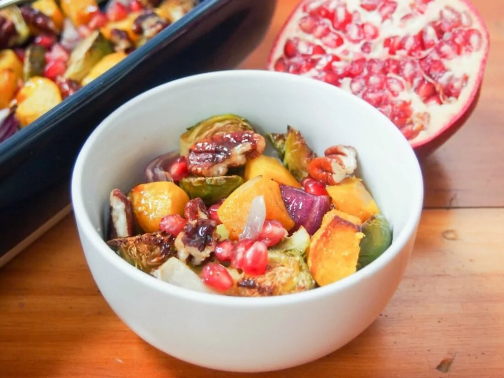 Acorn squash and Brussel sprout side dish #SundaySupper
