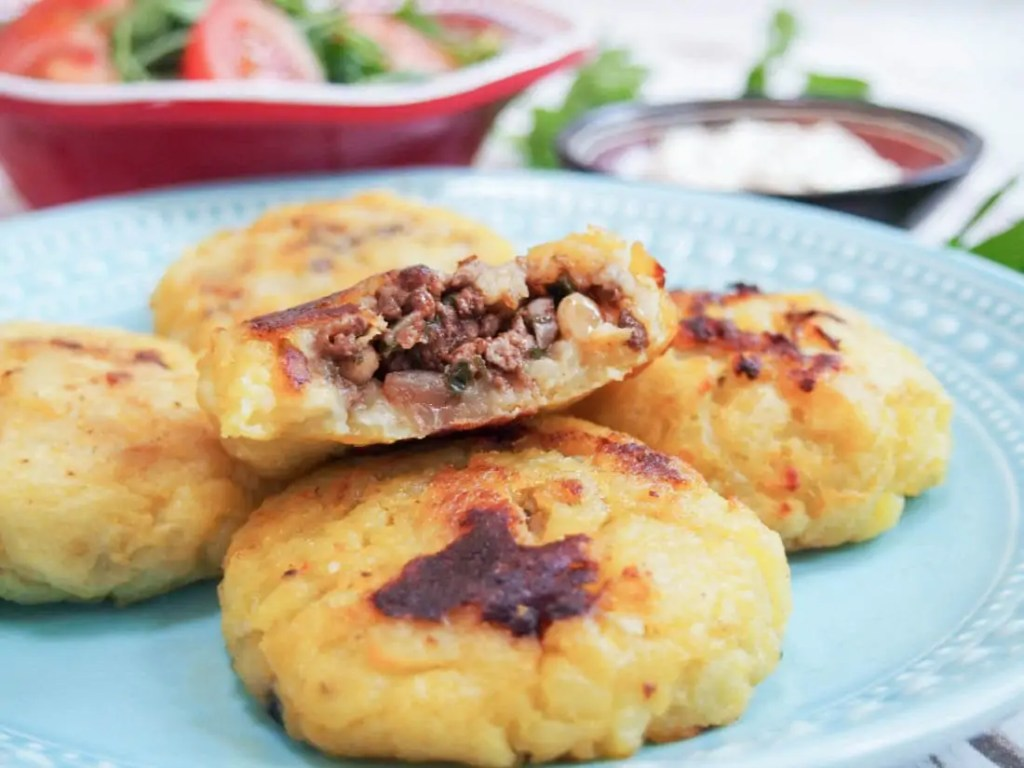 Persian lamb stuffed potato cakes #SundaySupper #GameDayIdahoPotatoes